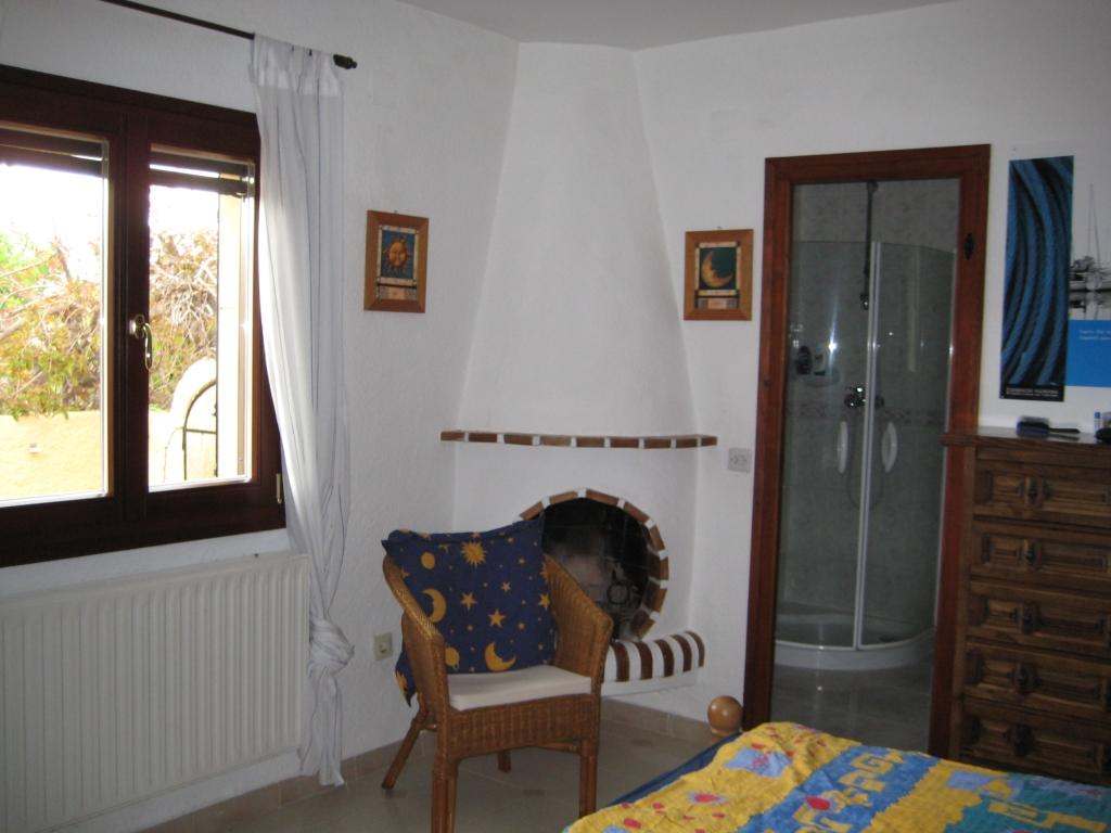großes Schlafzimmer mit Ensuite Bad